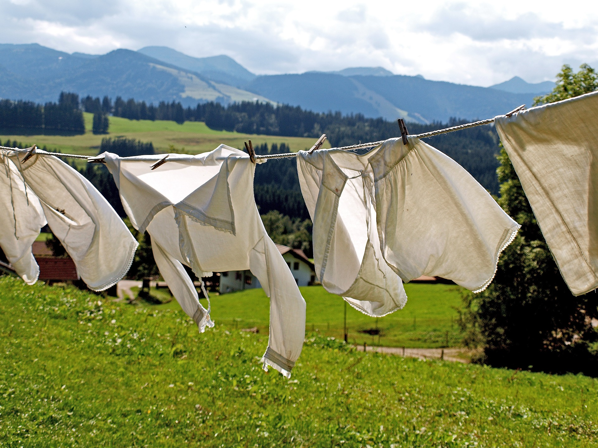 【洗濯という家事を極限まで楽にする】ドラム式洗濯乾燥機と畳まない収納法